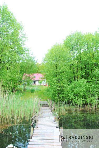 Obiekt nad jeziorem z działalnościa turystyczną