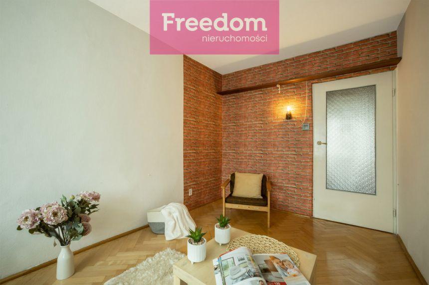 Mieszkanie na spokojnym osiedlu do odświeżenia! miniaturka 9