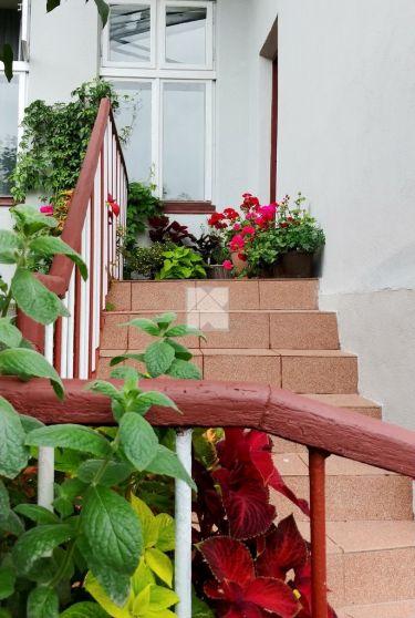 Klimatyczne mieszkanie z ogródkiem w sercu miasta