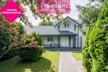 Atrakcyjny, zadbany dom w Piastowie