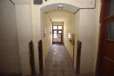 Mieszkanie 55m2 / 3 maja / kamienica / do remontu