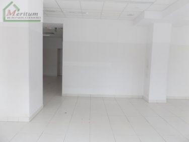 Atrakcyjny Lokal- 370 m2, parter Krosno.
