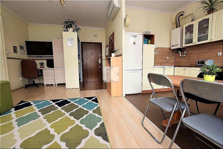 Sprzedam mieszkanie 2 pokoje CENTRUM Słowackiego miniaturka 8