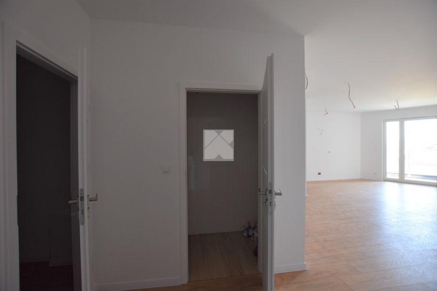 63m2 apartament w nowoczesnym budynku / Bielskiego miniaturka 13