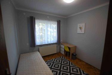Pokój 15 m2, Baranówek