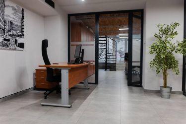 Biuro Premium w kamienicy Wicherkiewiczów