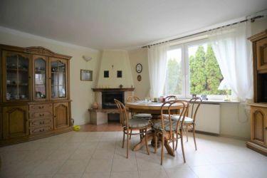 Dom 240 m2, działka 700 m2