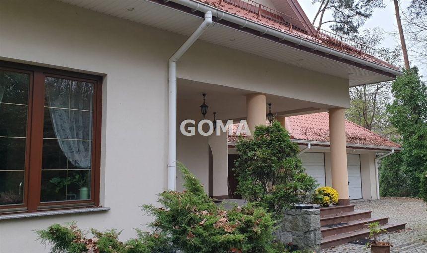 Wesoła duży komfortowy dom wolnostojacy blisko las - zdjęcie 1