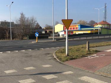 Czechów, Bursaki, w okolicy Ikea