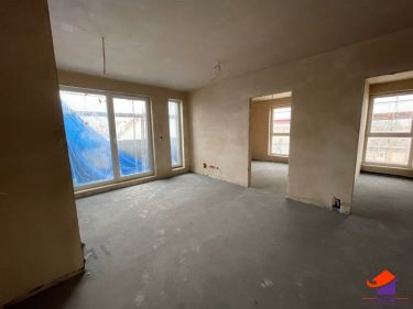Nowy apartamentowiec z tarasem