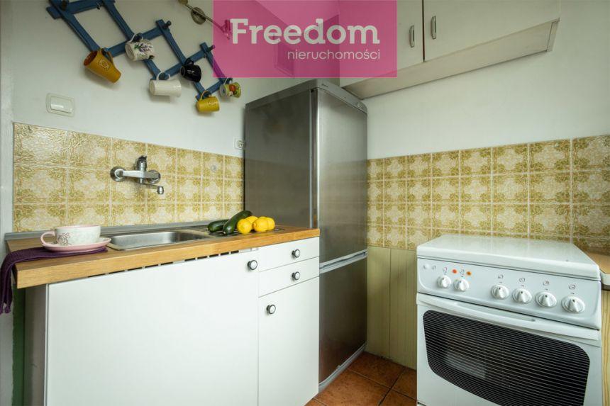 Mieszkanie na spokojnym osiedlu do odświeżenia! miniaturka 14