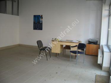 Pruszków, 3 812 zł, 95.31 m2, handlowo-usługowy