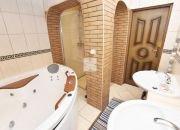 Komfortowe mieszkanie z tarasem i kominkiem parter miniaturka 14