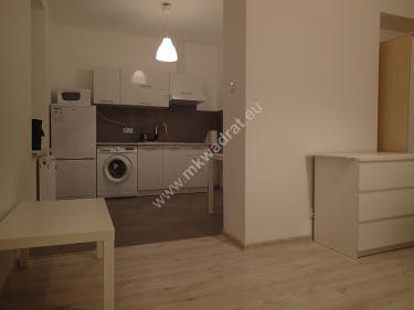 Ładne mieszkanie kuchnia i pokój , blisko do A2